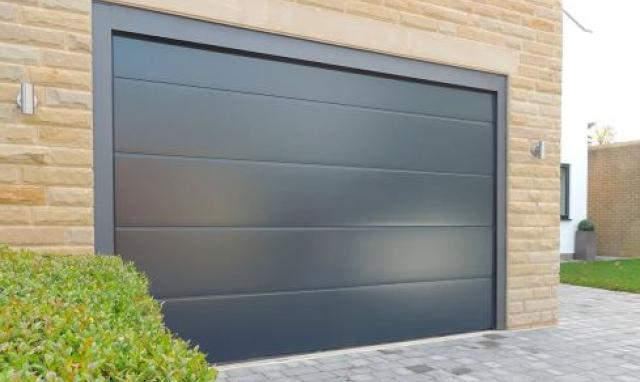 What garage door to choose for you new home?